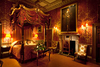 HOLKHAM HALL & STORIES TOURS